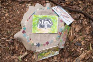 Naturkinder -begleitet Wald-Gruppe startet im Spätsommer